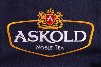 Нанесение логотипов на футболки на заказ